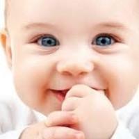 La naissance d'un  bébé  est la preuve vivante de l'amour.