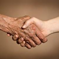 Sage est la jeunesse qui s'éclaire du vécu de la vieillesse.